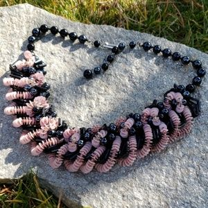 Vtg Intricate Pink Black Bead Twist Bib Necklace!